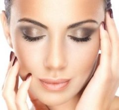 Makeup beauty services