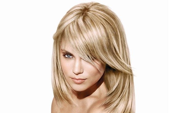 Cut : We love this medium length long layered haircut. The angle in ...